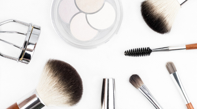 "Rob Robilliard is a beauty and consumer products veteran that describes himself as having ""Beauty in his blood."" A stint at L'Oreal is in his resume. Makeup brushes."